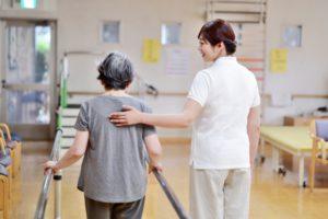 希少な有料老人ホームの入所者の健康管理業務<神奈川県横浜市>負担少なめ◎駅近で通勤便利◎オンコールは同法人医師5名程で分担