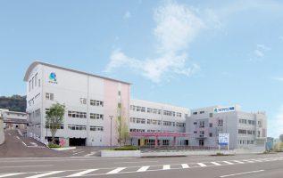 クオラリハビリテーション病院[鹿児島県さつま町]にて透析・リハビリ・整形・循環器内科の医師を求人